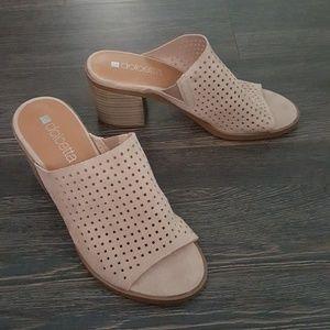 Dolcetta Beige Heels
